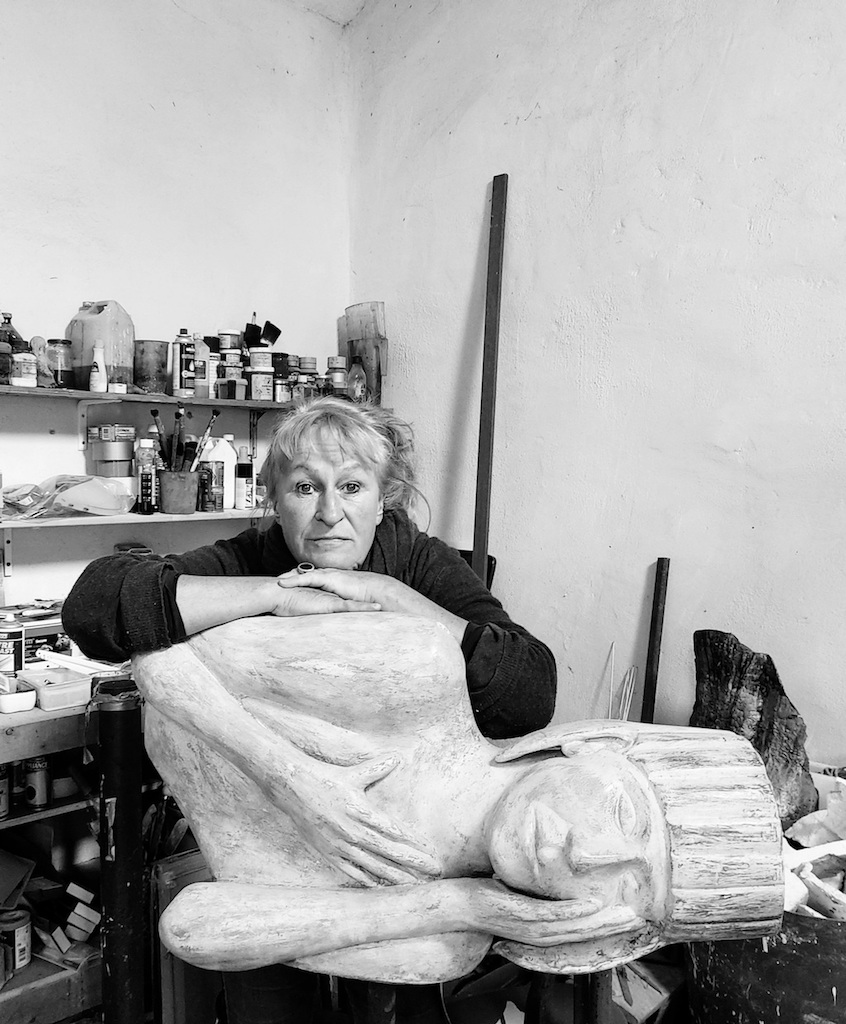 The Artist's Well - Episode 44 with Catherine Greene - figurative sculptor (Online)
