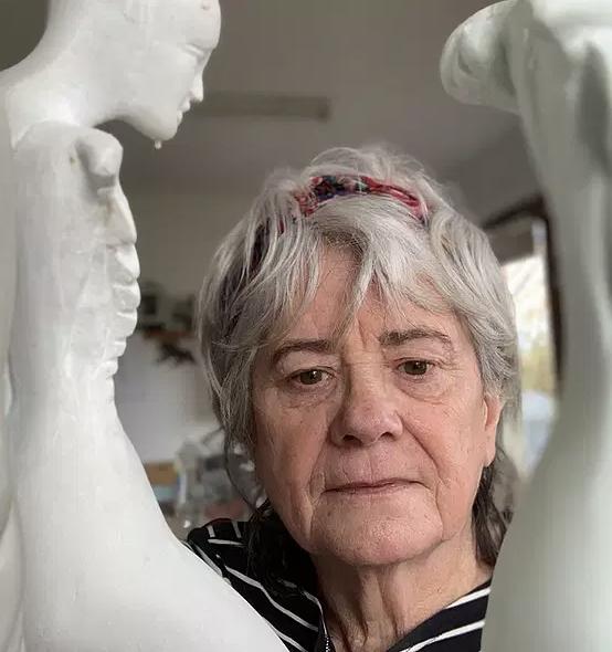 Online Artist Talk | The Artist's Well - Episode 47 - Cathy Carman - sculptor
