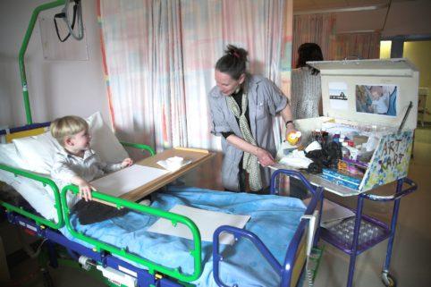 Job Vacancy | Art Kart Programme on Paediatric Ward at UHW, Waterford Healing Arts Trust