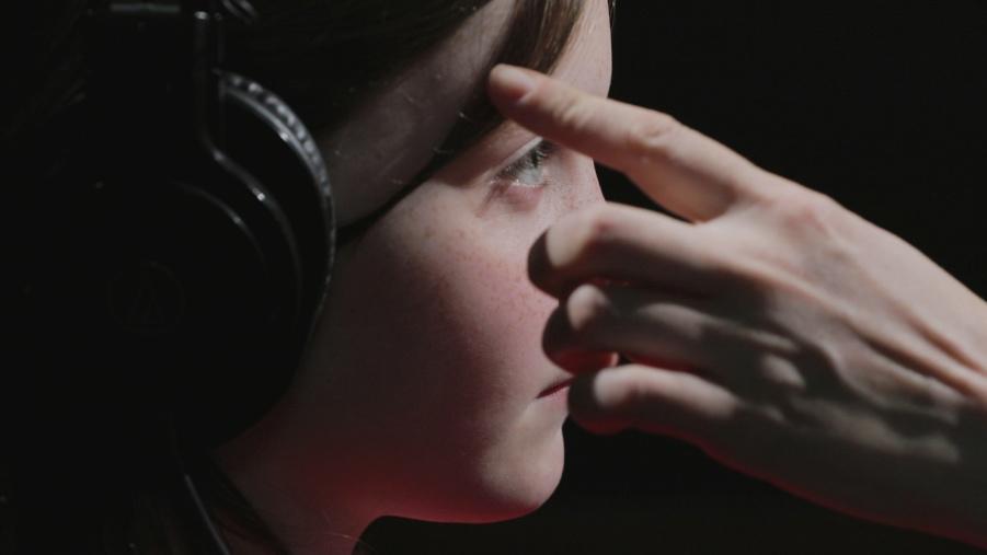 Online Screening | aemi, 'Signals and Circuits', Artist Breakfast Club, The Model